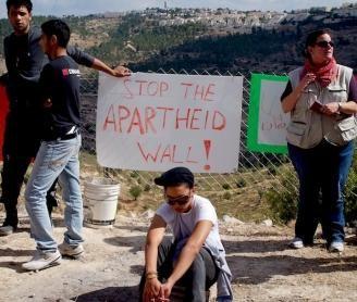 apartheid_328_278_90.jpg