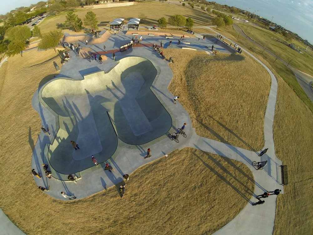 Arlington's Vandergriff Skatepark is incorporated into existing park paths, which connect to concessions, parking and other city pathway infrastructure. This kind of connectivity into the multi-modal transportation paths further enhances the value of all of the facilities, creating both destinations and connections