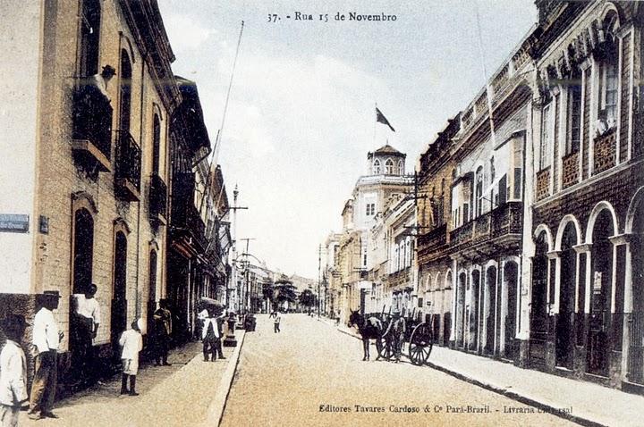 Rua 15 de Novembro - Ao fundo,o Edifício London Bank (on the right) A handtinted postcard from Belém da Sausada
