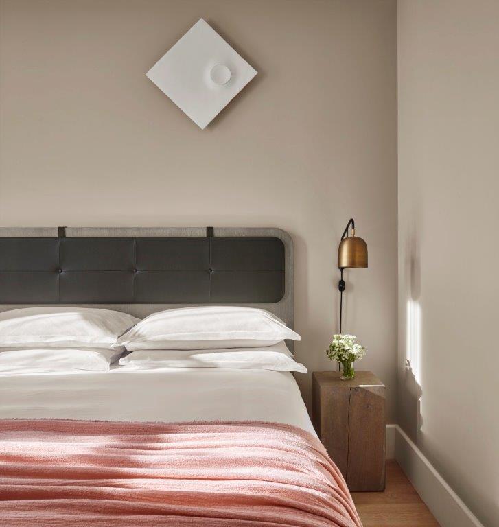 guestroom-side-view-2.jpg