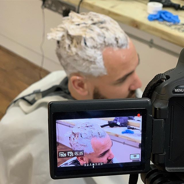"🔷 @boyabouttownbarbers X @adamthraves collab once again, getting some footage in ready for another YouTube vid. This time we've turned him into a silver fox. Edit coming this week. @adamlevy.barber @claire_innit colour is maintained using @sknhead_london ""Silver fox"" 🦊 to keep them yellow and orangey tones neutralised"