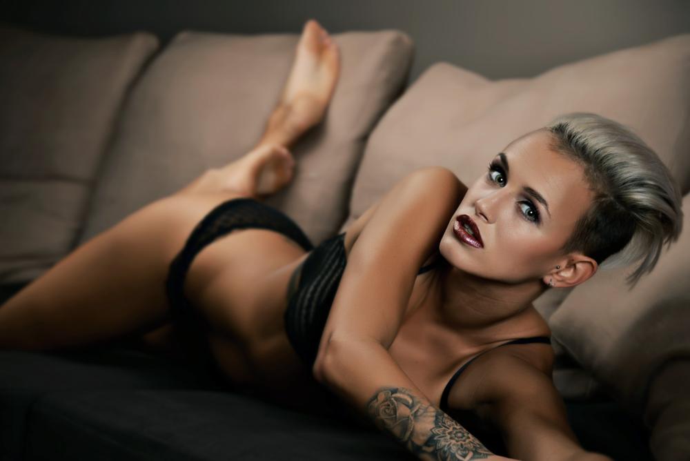 Bart Albrecht fotograaf photographer belgium belgie anbtwerpen antwerp models modellen fashion glamour magazine lingerie artistiek boudoir13.png