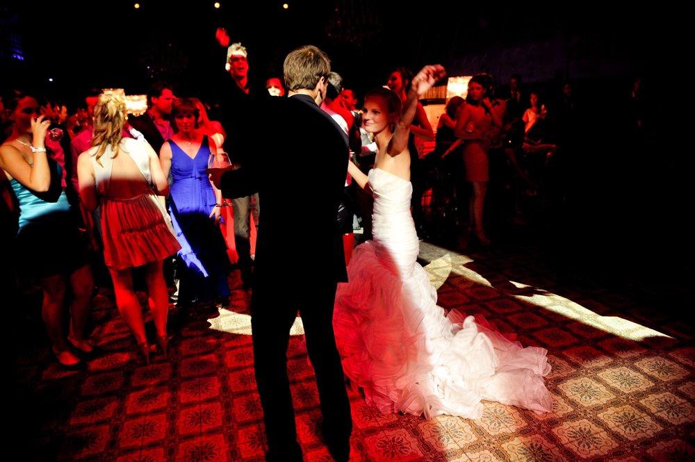 Bart Albrecht fotograaf photographer belgium belgie anbtwerpen antwerp wedding huwelijk huwelijksfotograaf trouwfotograaf trouw bruid bruidegom trouwkleed ceremonie weddingdress topphotographer topfotograaf beste best top 10 21.jpg