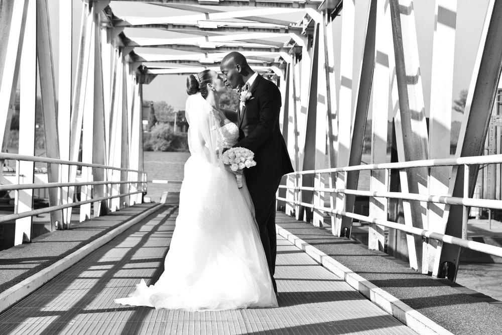 Bart Albrecht fotograaf photographer belgium belgie anbtwerpen antwerp wedding huwelijk huwelijksfotograaf trouwfotograaf trouw bruid bruidegom trouwkleed ceremonie weddingdress topphotographer topfotograaf beste best top 10 177.jpg