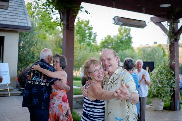 PARTY16 T&J dancing.jpg