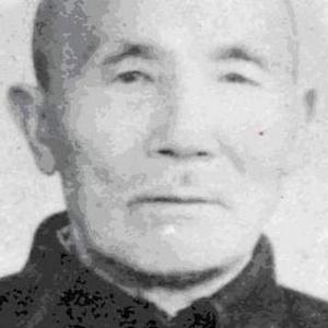 mengxiaofeng1 crop.jpg