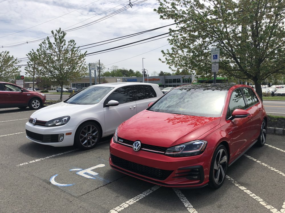 2013 MK6 and 2018 MK7.5 side-by-side, on the day they met for the first & last time.