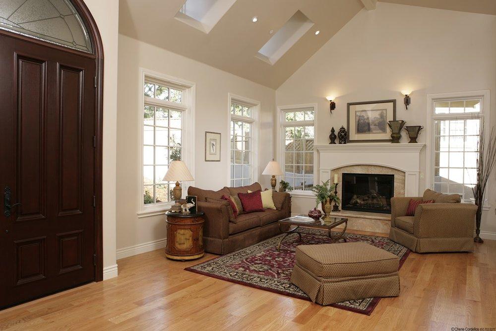 Alturas Living Room Burlingame Home-min.jpg