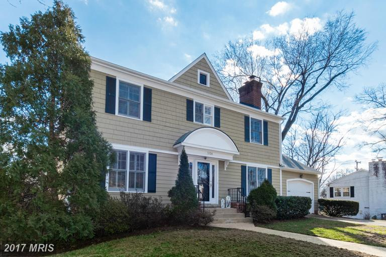 SOLD  ·  5136 10th STreet n, Arlington VA  ·  4 BD | 3 FB | 1 HB |$1,050,000