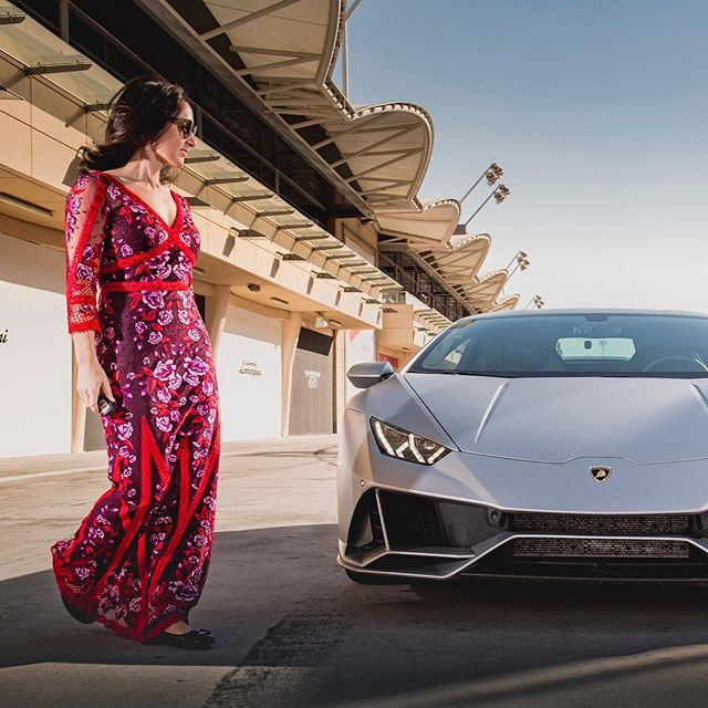 Cannot get enough of the 2020 @lamborghini Huracan Evo. Can you? . . . . #lamborghini #lambo #bahrain #huracan #supercar #exotic #luxury #travel #car #cars #supercars #carporn #evo #huracanevo #fashion #fashionblogger #carsofinstagram #ootd #fastcar #dreamcar #exoticcars #cargram #caroftheday #drivetribe #carswithoutlimits #speed #fast #racetrack #horsepower #f1