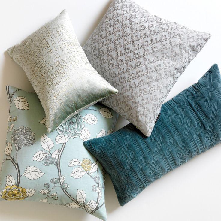 2d311fb9716b4e2da4c38a3437759e9c--pillow-fight-accent-pillows.jpg