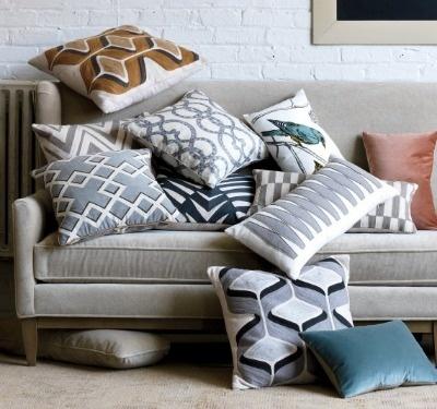 d22c9d82e606cc9d4efb5f2147ee5109--pillow-ideas-toss-pillows.jpg