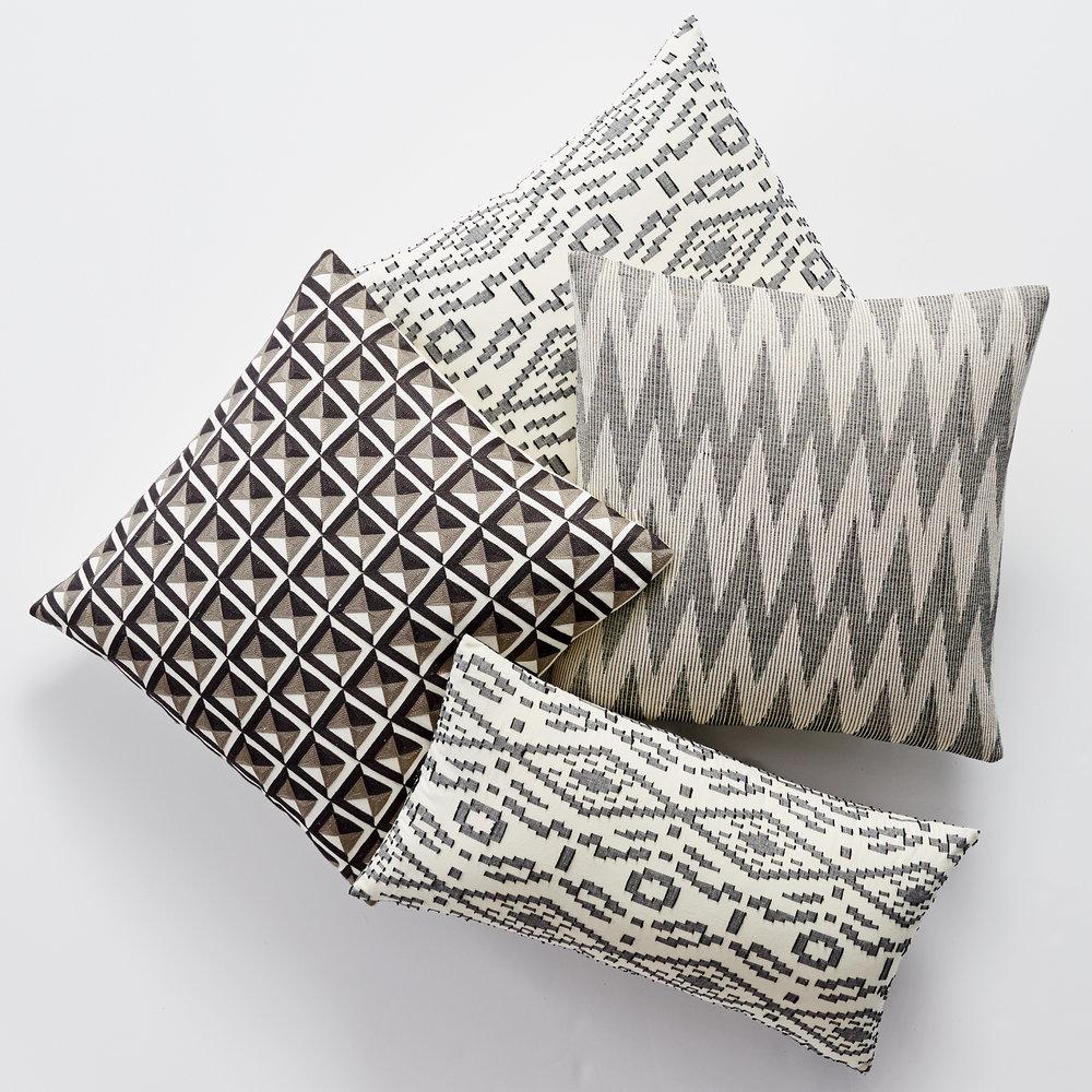 Pillows_Sweep_Spring16_Lifestyle_02_6745.jpg