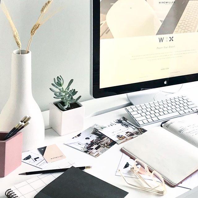 New website is up! 👉🏼windmillerdesigngroup.com ⚪️ 〰️🖥📱〰️⚪️#websitedesign #desksetup
