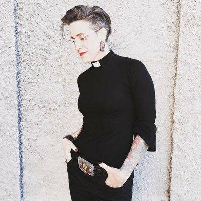 "NADIA BOLZ-WEBER - Lutheran ""pastrix"