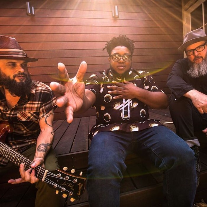 KALU & THE ELECTRIC JOINT - Psychedelic soul music with the driving beat of rock and roll and the ancient rhythms of Africa, led by Nigerian-born frontman Kalu James.