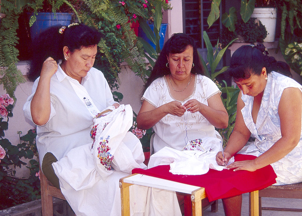 Friends of Oaxacan Folk Art — Textiles #66.jpg