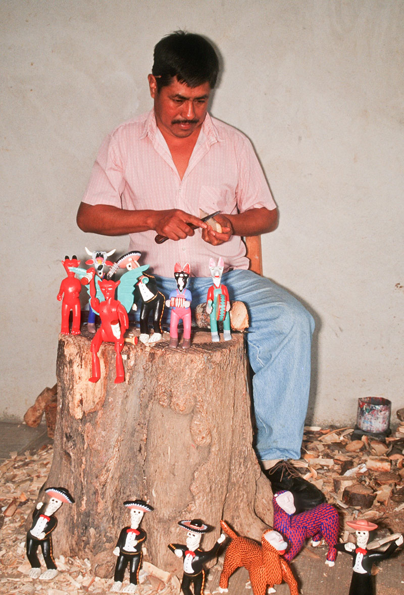 Friends of Oaxacan Folk Art — Woodcarving #119.jpg