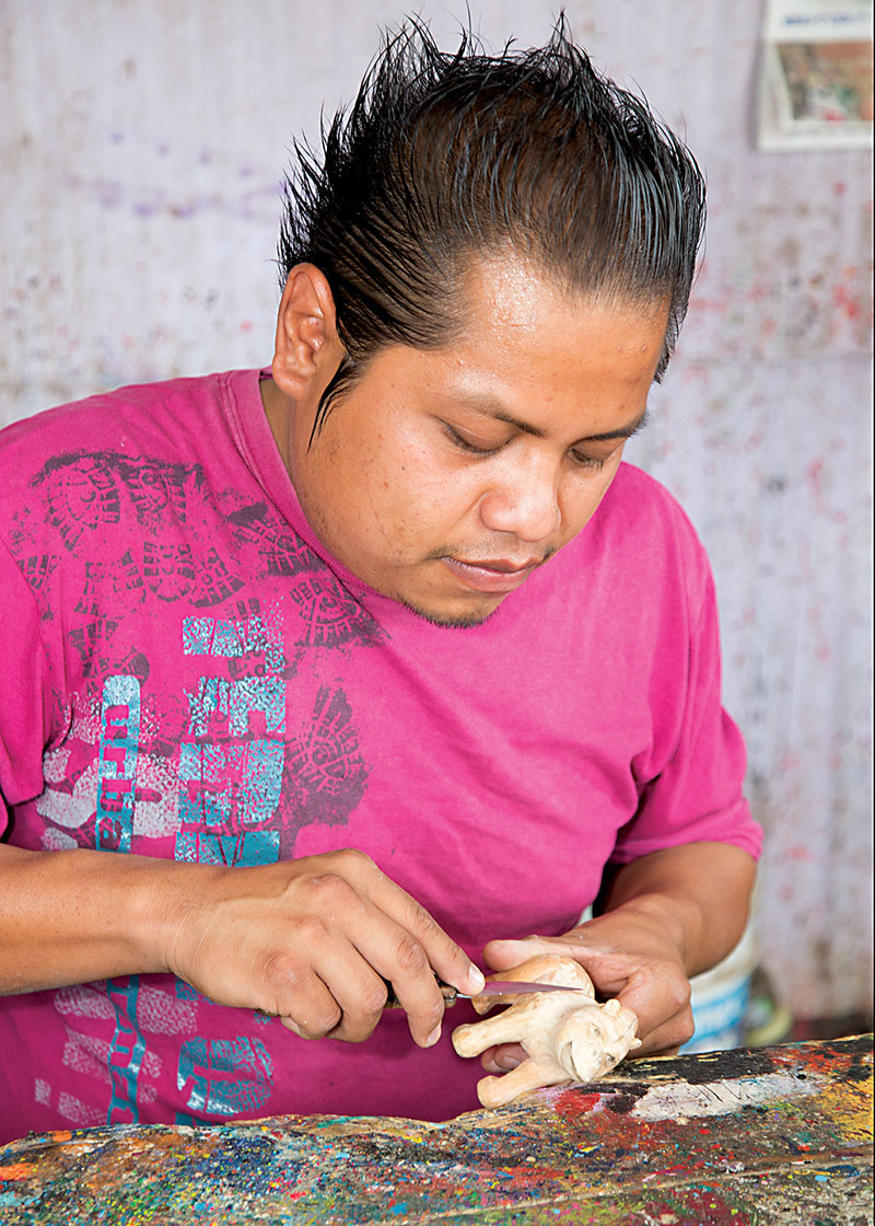 Friends of Oaxacan Folk Art — Woodcarving #133.jpg