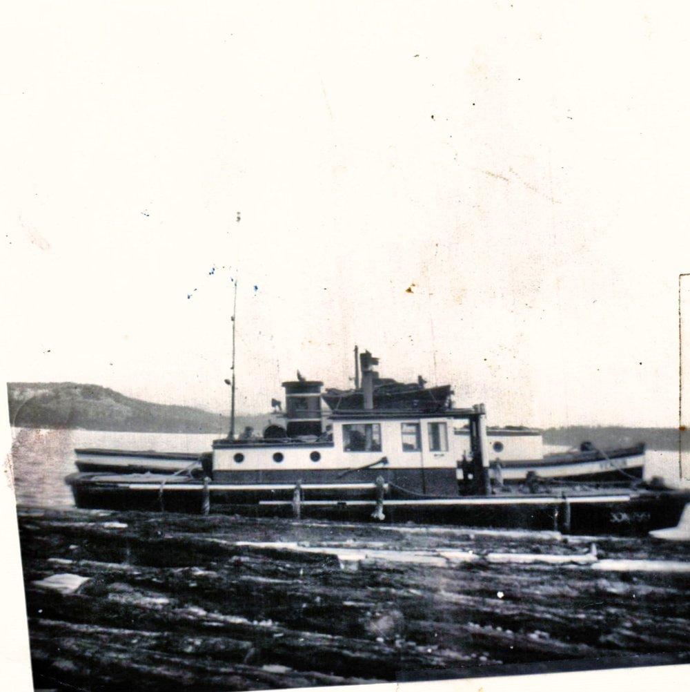 8-3 AUG 1952  03.34.08.jpg
