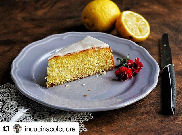 È così che dovrebbe iniziare ogni venerdì mattina!  Grazie Laura 😀😀😋😍 #Repost @incucinacolcuore 😉 #instalike #instadaily #instafood #instagram #instagood #picoftheday #insta_lovefood #colazione #breakfast #fruit #healthyrecipes #love #food #foodporn #sweets #yellow #sun #berries #foodblogger #pastry #happychoices #pastries #feedfeed #friday #pedrini