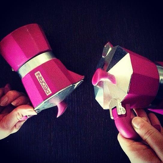 Sottosopra  #upsidedown #sottosopra #feels #buongiornocosi #buongiorno #moka #mokapedrini #happyday #fucsia #pink #violet