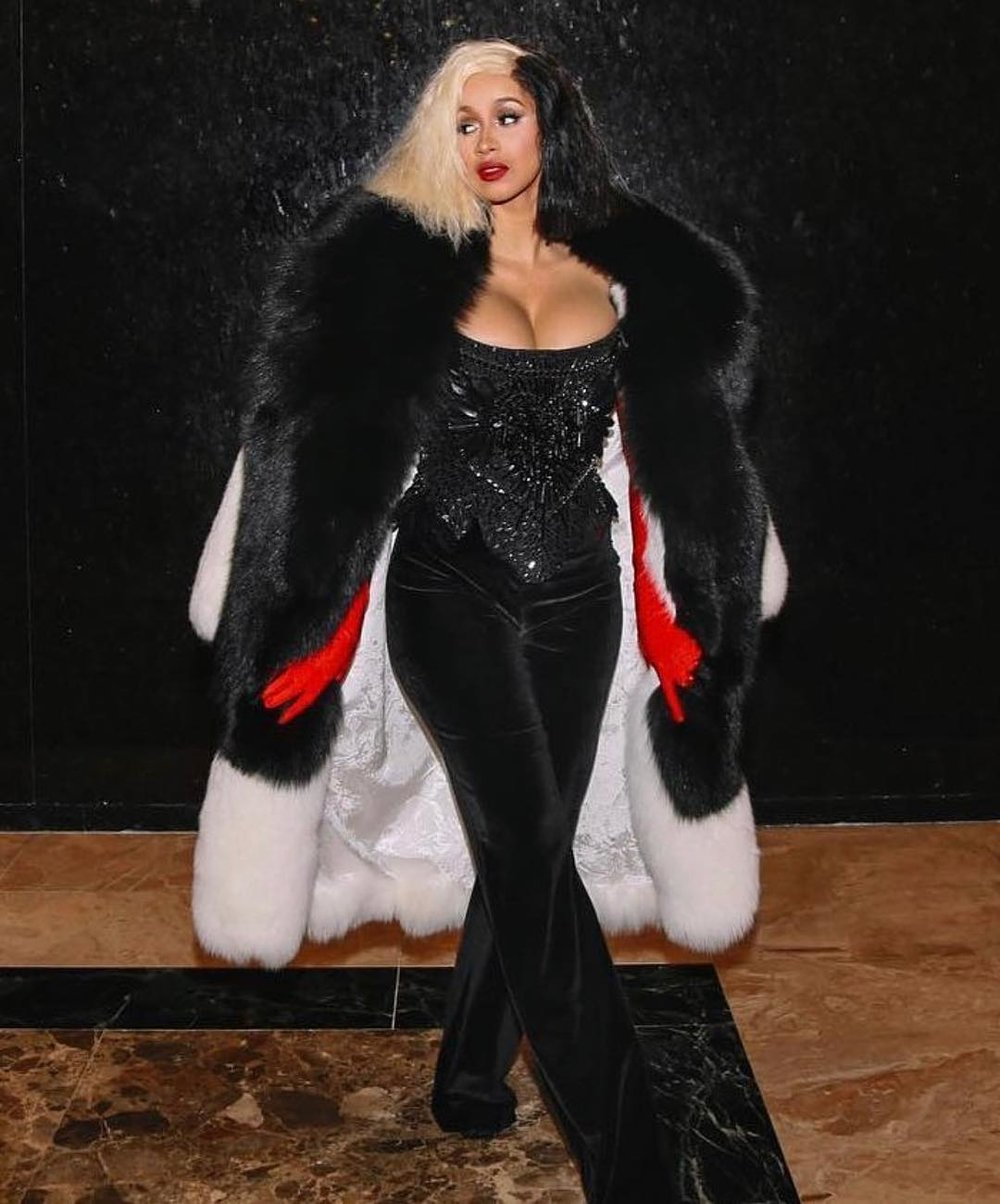 Cardi De Vil - The curl of her lips, the ice of her stare. Busty Cardi B as Cruella, Beware!