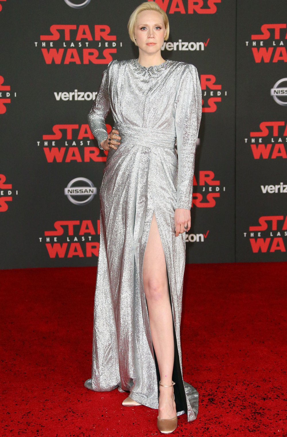 Gwendoline Christie - Reprising the fan-favorite character of Captain Phantasma, Gwendoline came in a head-turning custom Gucci dress that struck us as powerful and villanous.