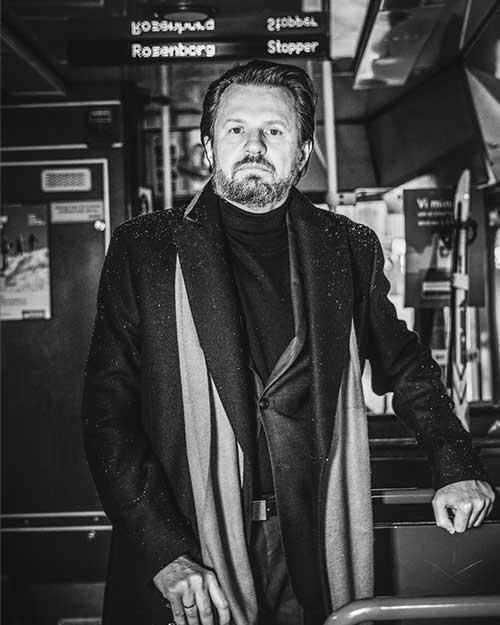 Tom Egeland er klar for krimkveld på Bygdøy Allé 3.