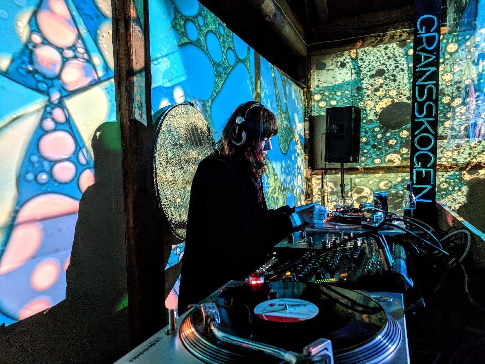 DJ Paisley.jpg