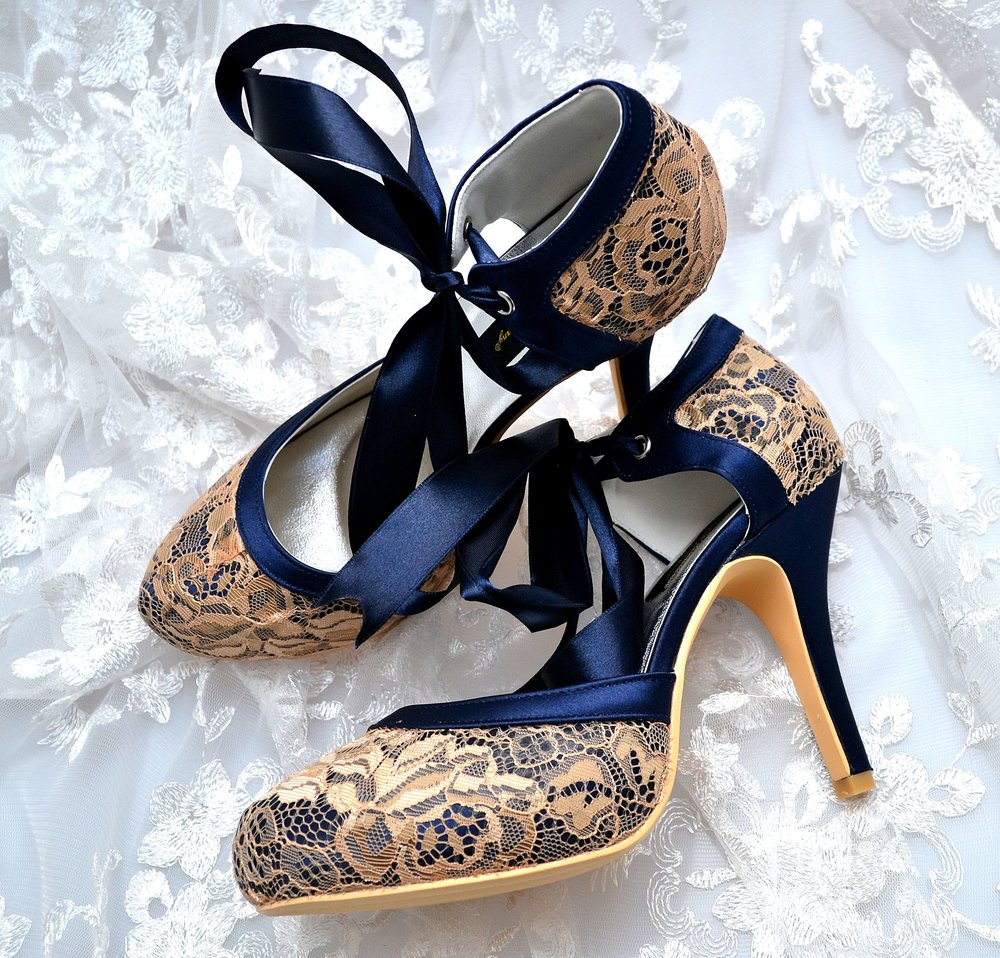 Luxury Lace Shoes -