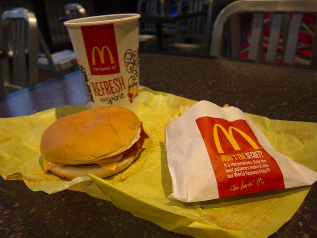 6 Cheeseburger.jpeg
