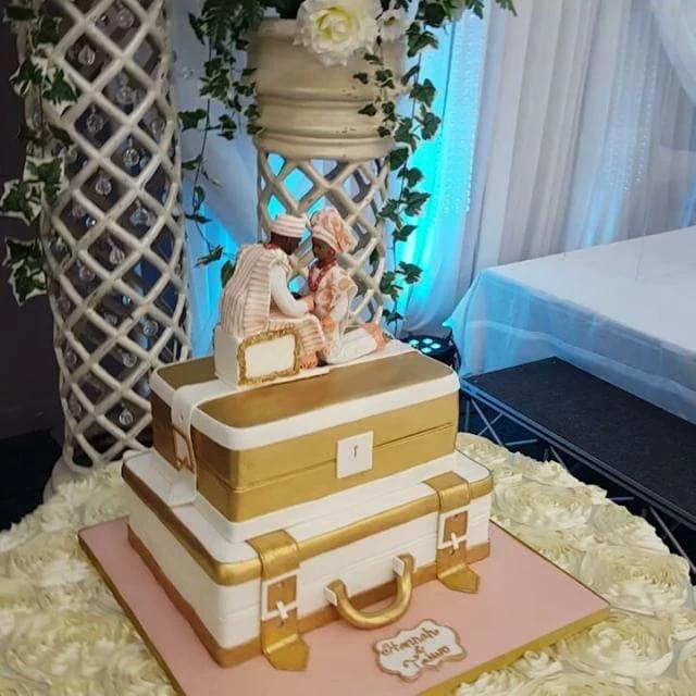 2 Tier Nigerian Engagement Cake SC11B