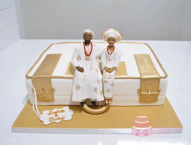 1 Tier Nigerian Engagement Suitcase Cake SC12