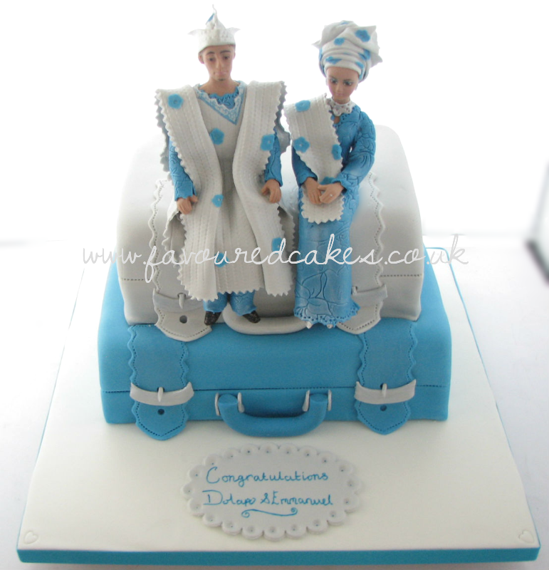 2 Tier Suitcase & Couple Cake SC03