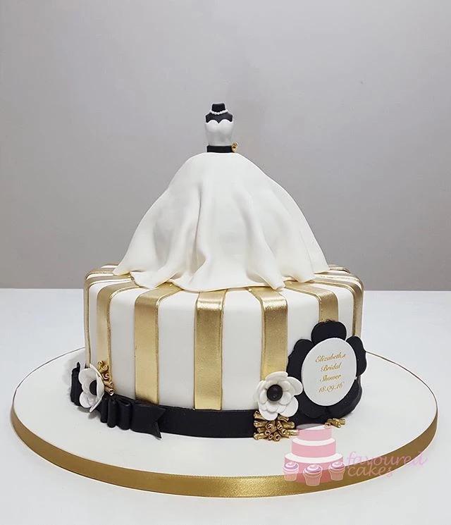 Bride Mannequin Cake