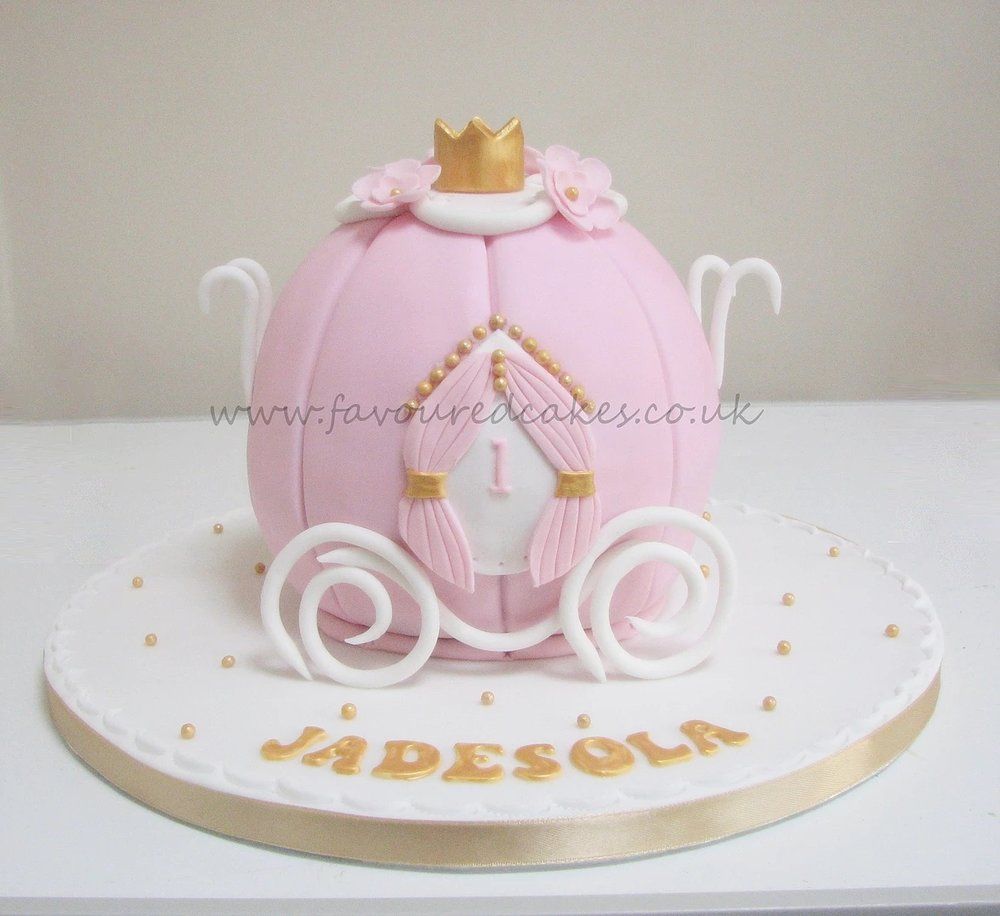 Princess Carriage Cake PR01