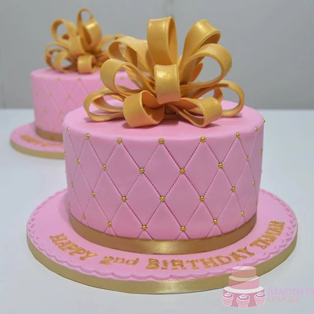 Pink & Gold Loop Bow Cake