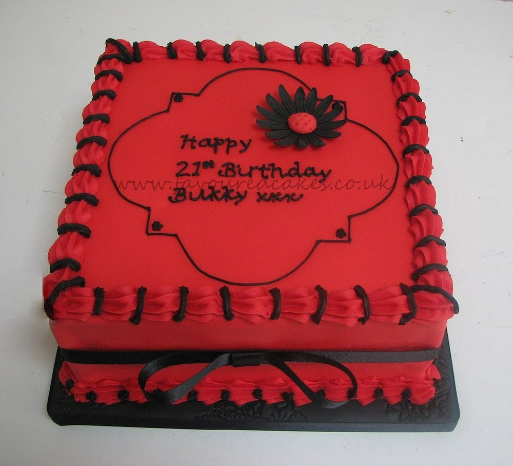 Red & Black Daisy Square Cake
