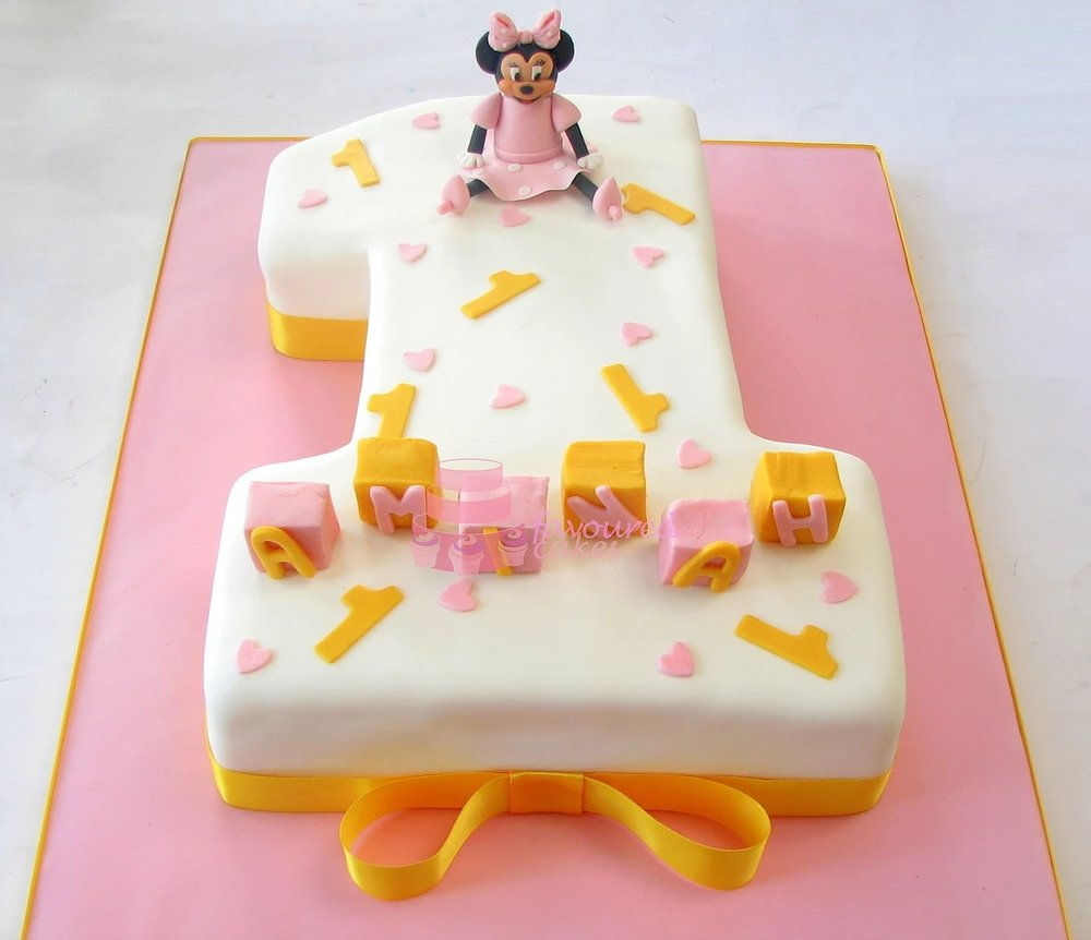Number 1 Minnie Mouse Cake