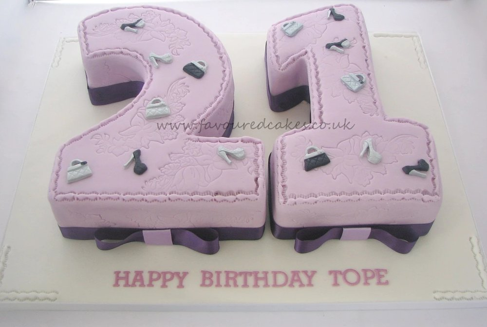 Shoes & Bags 21 Number Cake