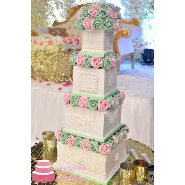 Rosetta Wedding Cake