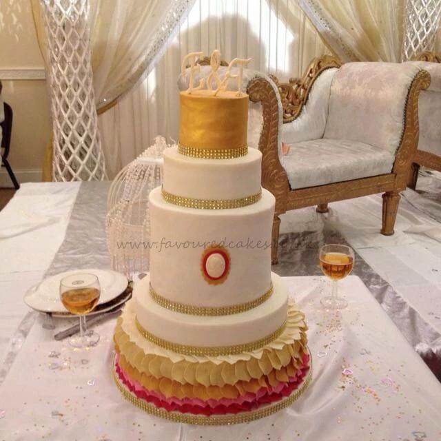 Double Barrel Ombre Wedding Cake 2