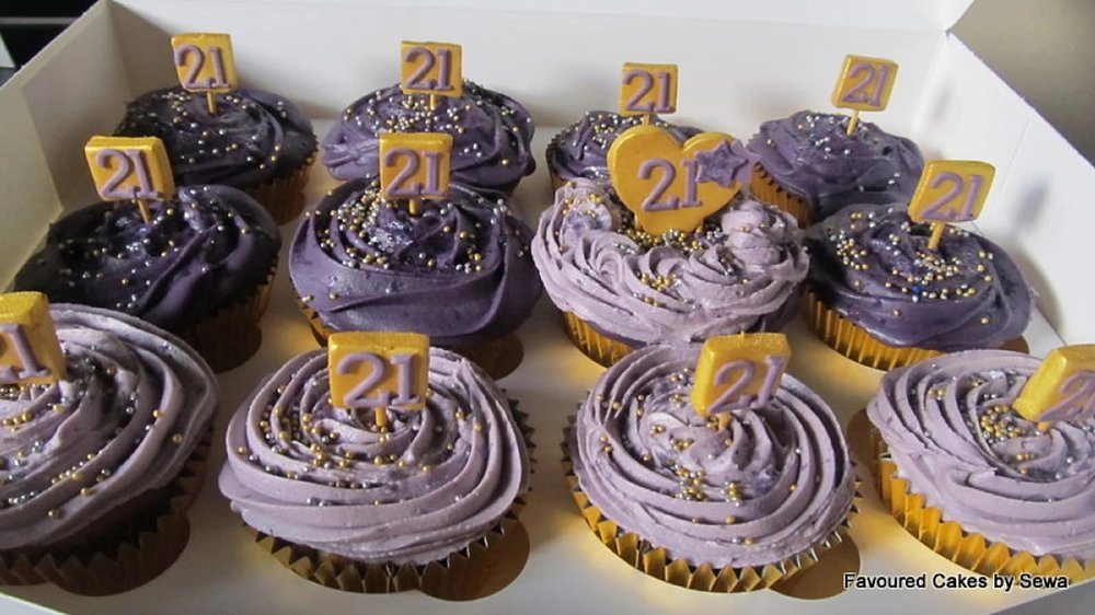 Purple Number Plaque Cupcakes