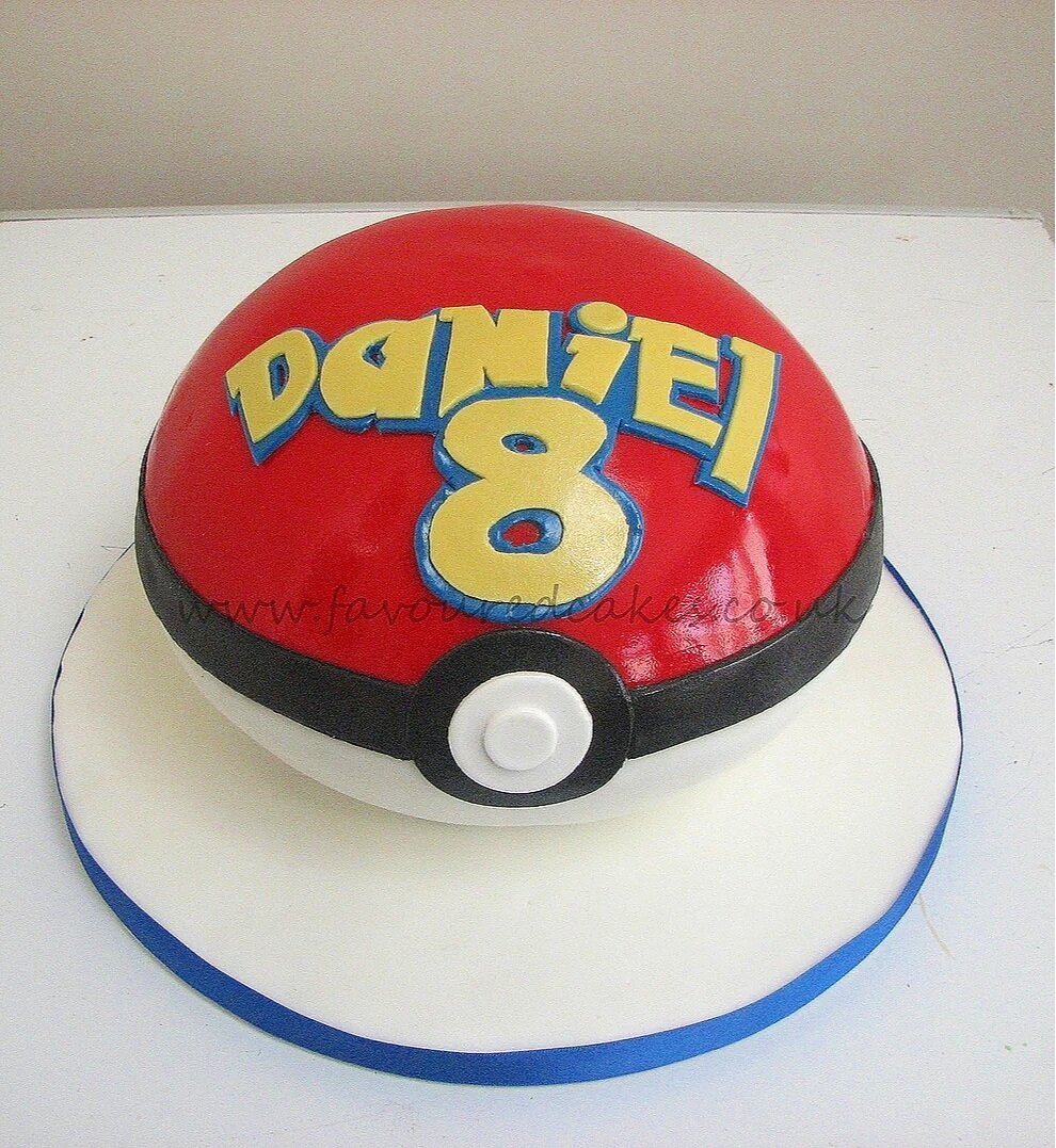 Pokemon Pokeball Cake PK02
