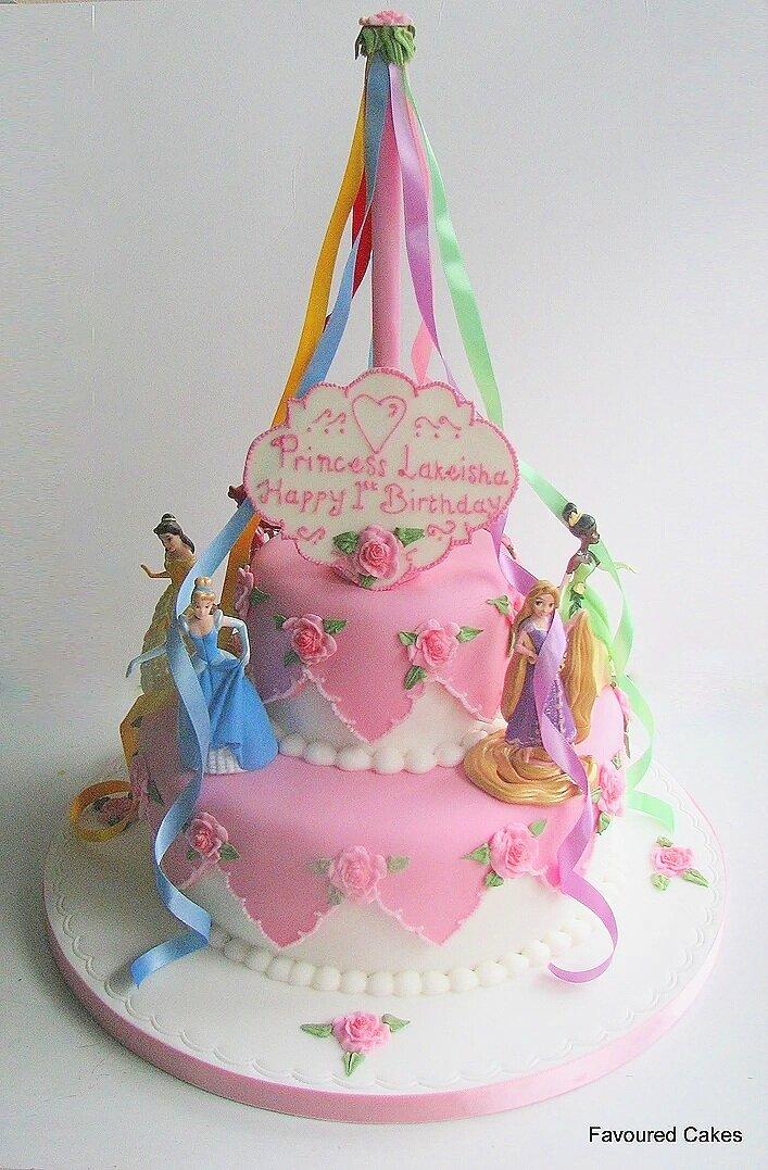 Maypole Disney Princess Cake PR04