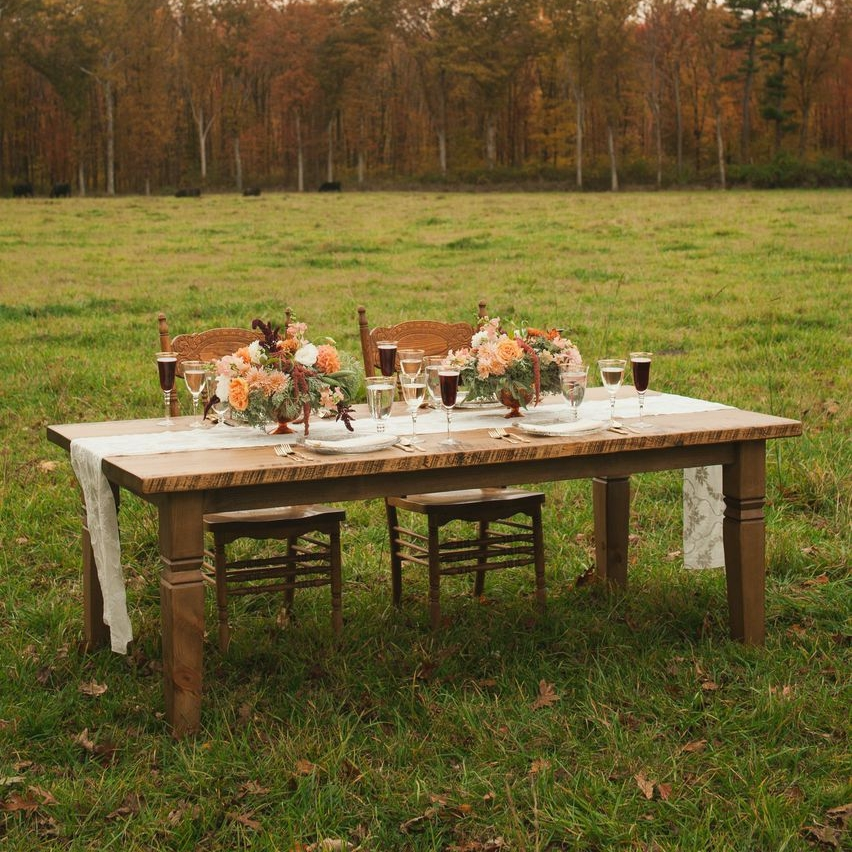 Farm Table with Tapered Legs.jpg