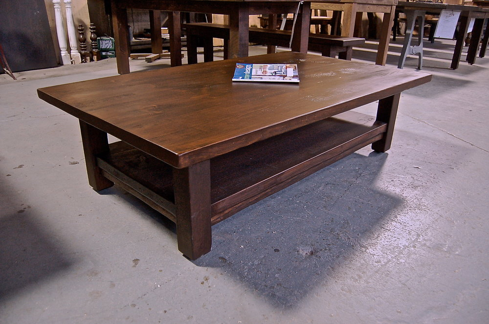 Pine coffee table with lower shelf