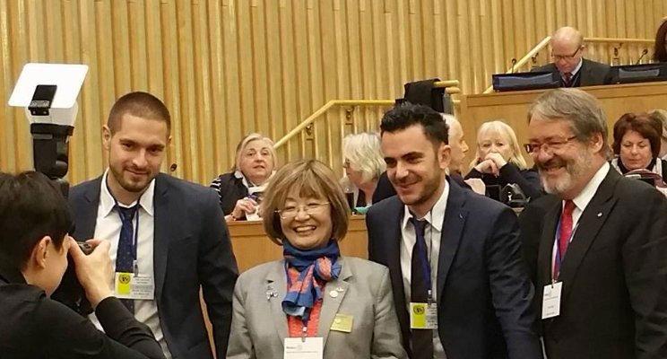 Kevyn KOHLER (Co-gérant AKISEA), Machiko WAKAI ( Grouverneur du District 1730 ROTARY International), Alban GROLLEAU (Co-gérant AKTISEA) et Jean-Paul FAURE (Coordinateur du Trophée ROTARY)