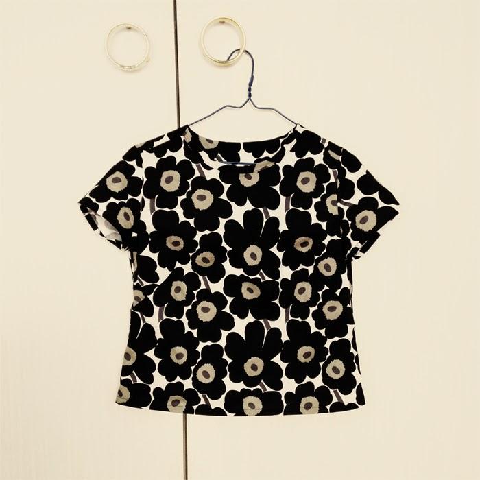 1d27d5531 Fabric: Unikko flower print in cotton for Marimekko Pattern: The Camber  Dress (t-shirt) pattern by Merchant and Mills.